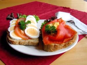 800px-norwegian-open-sandwich-01